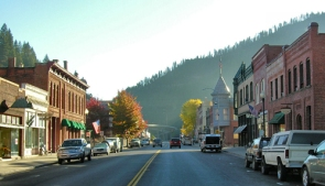 wallace-idaho-small-town-downtown
