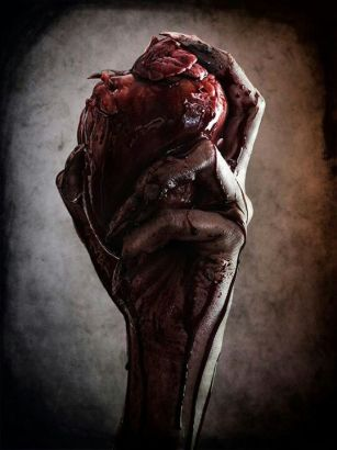 1695f403ace239f2cfe559470e186024--heart-of-darkness-creepy-photos