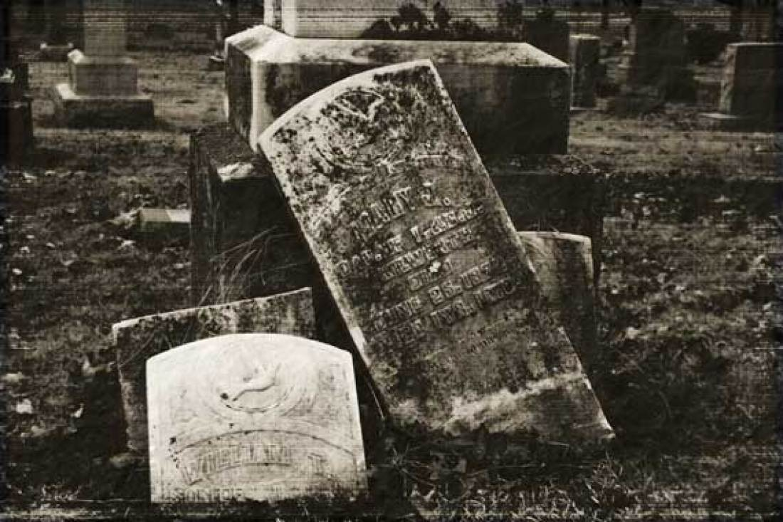headstones_notratched_sm_6